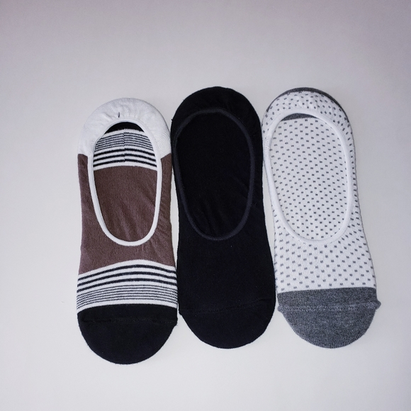 a new day Accessories - NWT A New Day Women 3Pairs Medium Cut Liner Socks